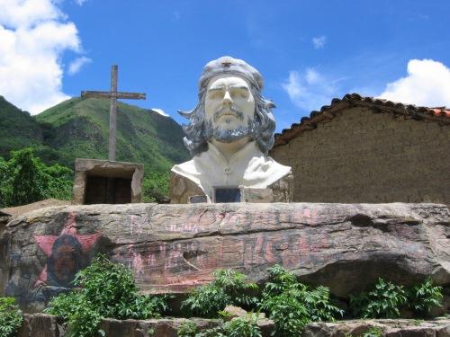 Che_Guevara_statue