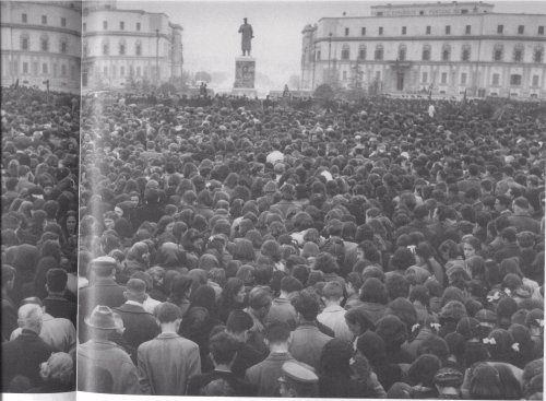 Statue of Stalin in Skanderberg Square 5 March 1953