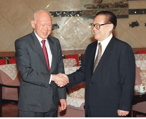 The then Chinese President Jiang Zemin with Lee Kuan Yew in Beijing on June 13, 2000 (MAO JIANJUN)